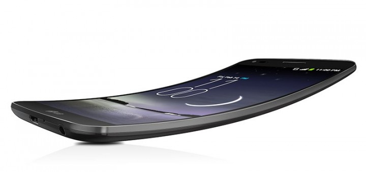 1393536353557 720x340 - Le G Flex de LG arrive chez Future Shop!