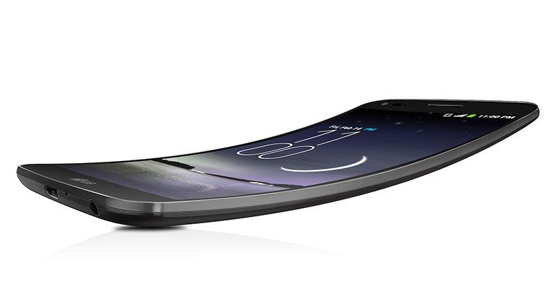 1393536353557 - Le G Flex de LG arrive chez Future Shop!