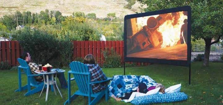 1406496408919 720x340 - Le système parfait de projection pour les soirées cinéma extérieur!