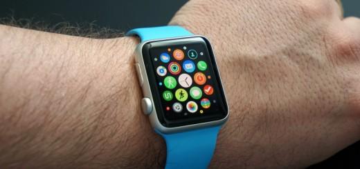 applewatch 800x410 520x245 - L'AppleWatch, un produit révolutionnaire?