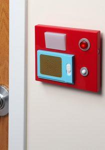star trek door chime 210x300 - Comment transformer vos portes d'intérieur?